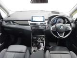 BMW 218iグランツアラー スポーツ DCT