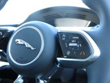 ジャガー Iペイス SE 4WD
