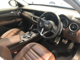 アルファロメオ ステルヴィオ 2.0 ターボ Q4 ラグジュアリーパッケージ 4WD