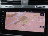 "Volkswagen純正インフォテイメントシステムDiscover Pro。9.2インチ大型画面タッチスクリーン。テレマティクス機能""Guide & Inform""やコネクティビティ機能""App-Connect""などのVolkswagen Car-Netを装備。"