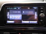 ナビに一体のオーディオは、フルセグテレビの他にCD/DVDを装備!更にB l u e t o o t hでの音楽プレーヤー再生も可能です!