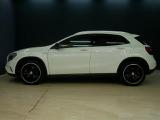メルセデス・ベンツ GLA250 4マチック エディション1 4WD