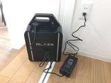 バイクから取り外した後は家庭用のコンセントで充電可能です。バイクを止めておく場所に電源がなくても大丈夫!
