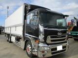UDトラックス クオン 冷凍冷蔵車