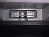 社外メモリーナビ付き! CD,DVD再生可能! フルセグ! バックモニター!