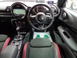 BMW ミニクラブマン ジョン・クーパー・ワークス 4WD