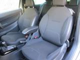 包み込まれるようなフランス車らしい当たりの柔らかな快適なシート!