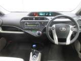センターメーターでスピード計が数字で表示します。