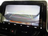 バックガイドモニターで後方視界もバッチリ! ☆バックでの車庫入れも安全安心楽々です。