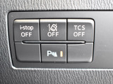 TSC横滑り防止装置、アイドリングストップ、LDWS車線逸脱警報システムは運転席のスイッチでオンオフが可能です。