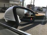 レーダーセーフティー付きです。車線変更で後続車がいた場合△ランプと音で教えてくれます。