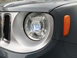 明るいキセノンヘッドライトは夜道でもしっかりと視界を確保してくれます。