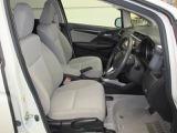 運転席も広くとられており、ストレスなく運転できます!