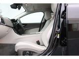 ジャガー XE SE 2.0L D180 AWD ディーゼル 4WD