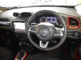 クライスラー ジープ・レネゲード トレイルホーク 4WD