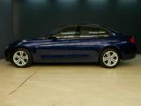 BMW 320i xドライブ スポーツ 4WD