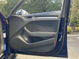 Audi認定中古車ならではのクオリティ!高度な訓練・教育を受けたAudi専門のメカニックがご納車前に専用テスターを使った、100項目にも及ぶ精密な点検・整備を行います TEL04-7133-8000 担当  : 布施 / 佐藤