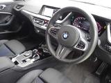 BMW 218iグランクーペ Mスポーツ