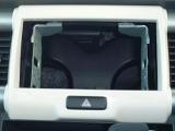 オーディオレス車なのでお好みのオーディオやナビを取り付けられます。