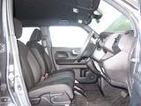 デザイン性はもちろん安全面も追求されたインパネ周り!運転席からの視界も良好です◎ 収納アイテムを充実させて、室内をより居心地のいい空間に♪♪ぜひ当店にてお確かめ下さい♪♪