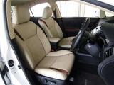 お洒落で座り心地も良好! ?フロントは両側電動シートで自分好みのポジションに細かな調節が出来ます。