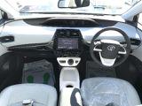 プリウス 1.8 A プレミアム E-Four 4WD