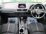 【】【H30年式アクセラスポーツ入庫いたしました!!】スポーティな見た目が人気のお車です!オプションのDVD・CD機能も搭載!