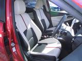 ドライビングポジション設定おし易いシートです。