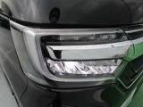 LEDヘッドライト:より明るく省電力のヘッドライトです。夜間や雨天時のドライブをサポートしてくれますよ。
