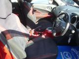 ETC車載器はグローBOXの中に収納されています。