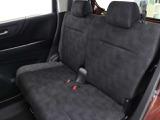 後部座席も広々!センタータンクレイアウトを採用し座面下にも空間があるのでゆったりできるんです!