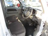 日産カーライフ自動車保険も取り扱っています。日産ならではの特典があるんです
