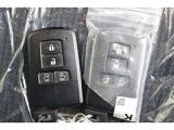 スマートキーは2個付属しています、予備の鍵があると安心ですよね。