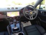 ポルシェ カイエンクーペ 3.0 ティプトロニックS リアセンターシート 4WD