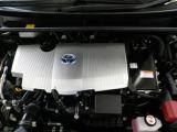 アイドリングストップ機構搭載!排気量は1800cc!エンジンとモーターが協調して走る先進のハイブリッドシステム。地球環境に優しいパワーユニットです!