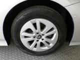 純正15インチアルミ!タイヤサイズは195/65R15です