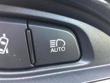◆オートマチックハイビーム◆先行車や対向車のライトを認識し、ハイビームとロービームを自動で切り替えます!