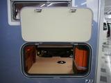 車両後部にバゲージドアがあり、後ろから荷物の出し入れが可能です!