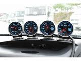 Defi追加メーター☆油圧計・油温計・水温計・ブースト計装備となっております♪