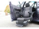 ホンダ ステップワゴン 1.5 スパーダ 助手席リフトアップシート車