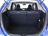 フル乗車でもしっかり荷物を収納出来るラゲッジスペースです。