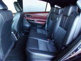 ≪消臭≫ 中古車の購入時、車内やシートのニオイが気になる方も多いのではないでしょうか?弊社の在庫は全て専門スタッフが洗浄・消臭を行っております!!