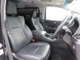 運転席8ウェイパワーシート(前後スライド+リクライニング+シート上下+チルトアジャスター)+マイコンプリセットドライビングポジションシステム+運転席オートスライドアウェイ