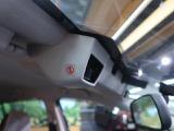 ★【アイサイト】人の目と同じように、左右2つのカメラで立体的に環境を把握。クルマだけでなく歩行者や自転車なども識別し、対象との距離や形状、移動速度を正確に認識することができます♪