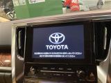 トヨタ アルファード 2.5 X 4WD