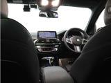 X3は車高もあり、後席からの前方視界が良いので、じつは酔いにくいのです