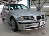 BMW 328iツーリング