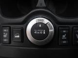 【オールモード4×4】状況に応じて2WDモード、AUTOモード、LOCKモードの切り替えが可能です。オンロードから、オフロード、雪道まで、安定した軽快な走りと確かな走破性を実現しています。