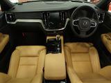 ボルボ V60 T6 AWD 4WD