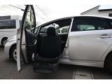 トヨタ プリウス 1.8 S ウェルキャブ 助手席リフトアップシート車 Aタイプ